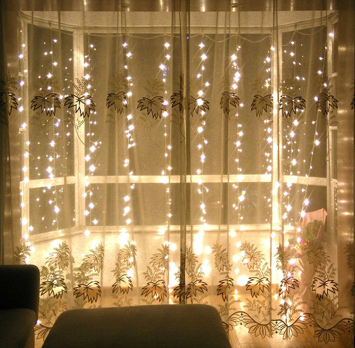 Lebefe x 300 led icicle curtain lights for Lights for home decor