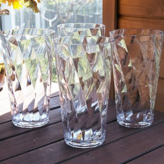 set of 8 Rio 20-ounce Plastic Drinking Cups